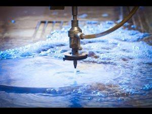 3d 5 محور اتيرجيت cnc آلة قطع المياه النفاثة المقاوم للصدأ ارتفاع اتيرجيت الضغط